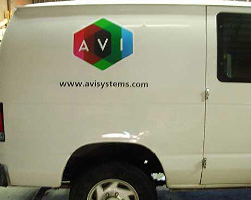avi truck lettering